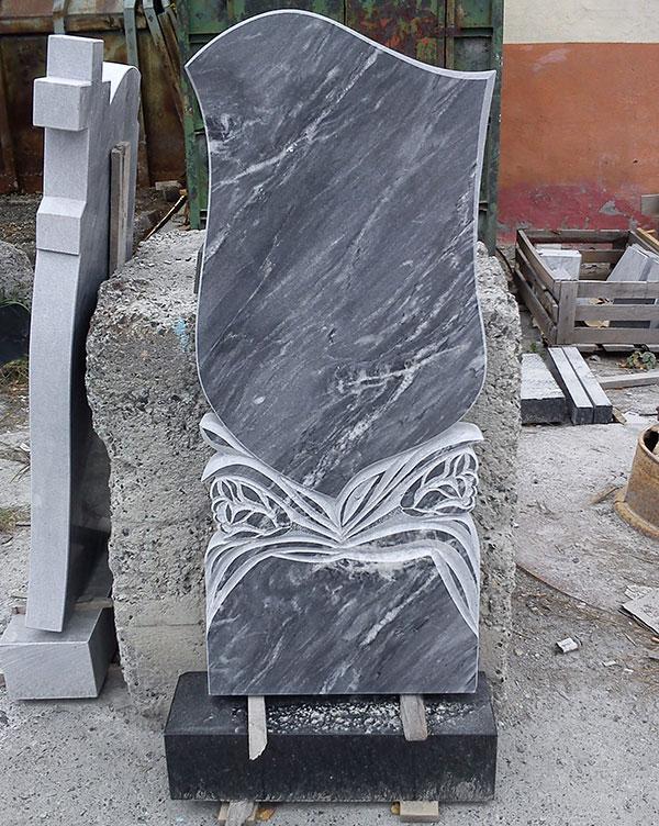 Памятник из гранита Щигры памятник с ангелом Павловск, Воронежская обл.
