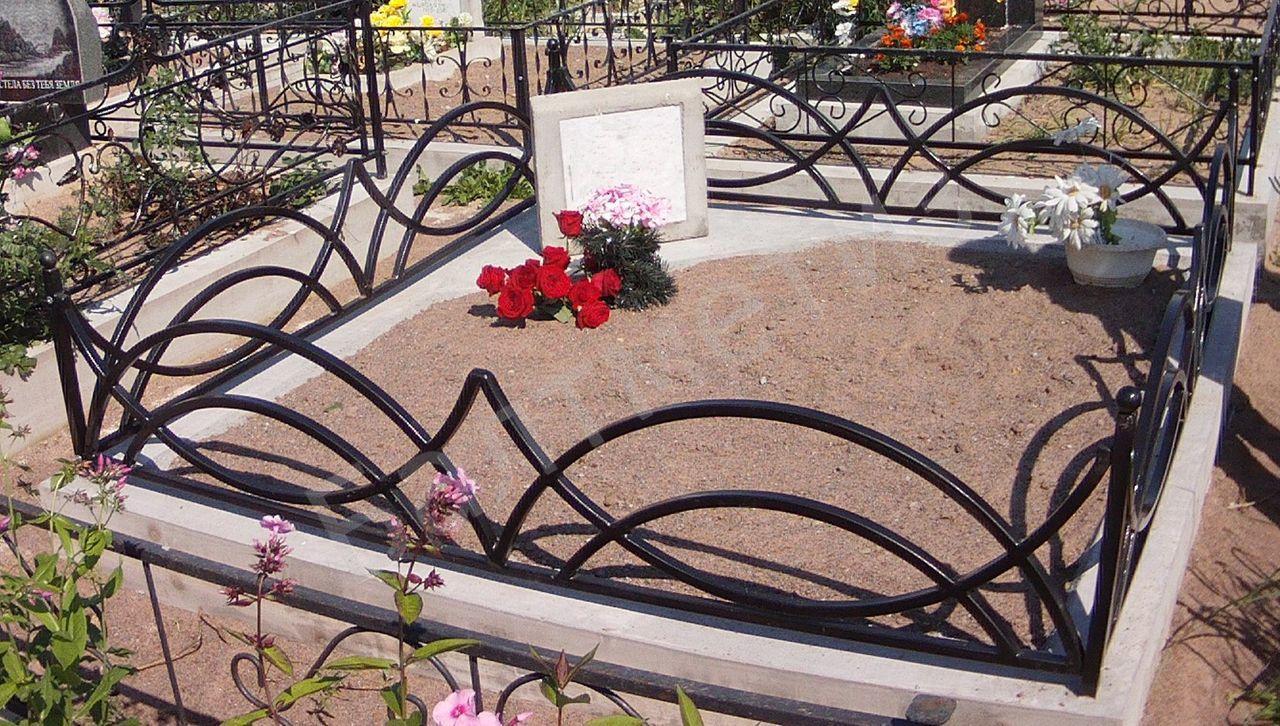 Оградка на кладбище своими руками фото